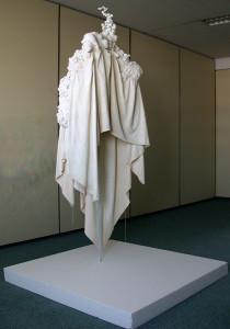 LEGENDE, polyurethaan, katoen, staal / polyurethaan, cotton, steal, 120 x 120 x 190 cm, 2010